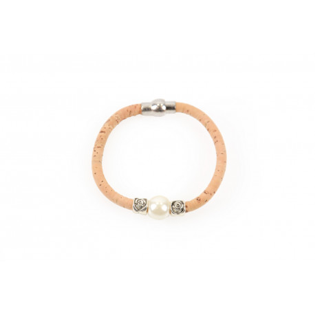 Bracelet with pearl